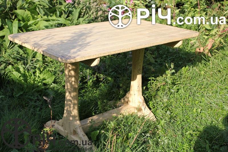 Дерев'яний стіл під старовину. Матеріал випалена структурована сосна.